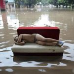 10 incredible pictures of floods in China