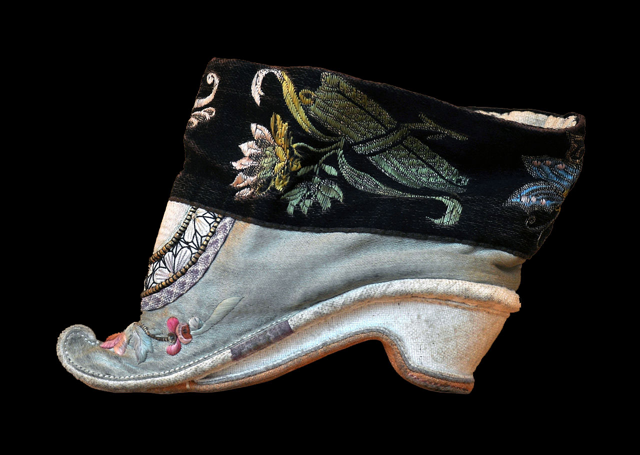 chinese foot binding shoe