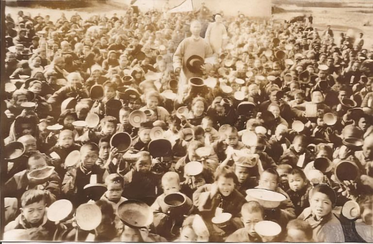 Images of famine during the Chinese Civil War