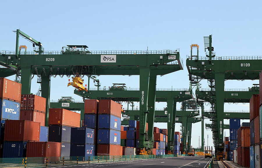 Automated rail-mounted gantry cranes at PSA's Pasir Panjang Terminal Phases 3 and 4 expansion project in Singapore, 2016. This unmanned, zero-emission container yard crane system helps to raise port productivity, enhance PSA's ability to manage greater business complexity and create more higher skill-based career opportunities.\n\nPSA Singapore