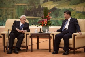 Former U.S. Secretary of State Henry Kissinger (L) meets China's President Xi Jinping at the Great Hall of the People in Beijing, China December 2, 2016. REUTERS/Nicolas Asouri/Pool