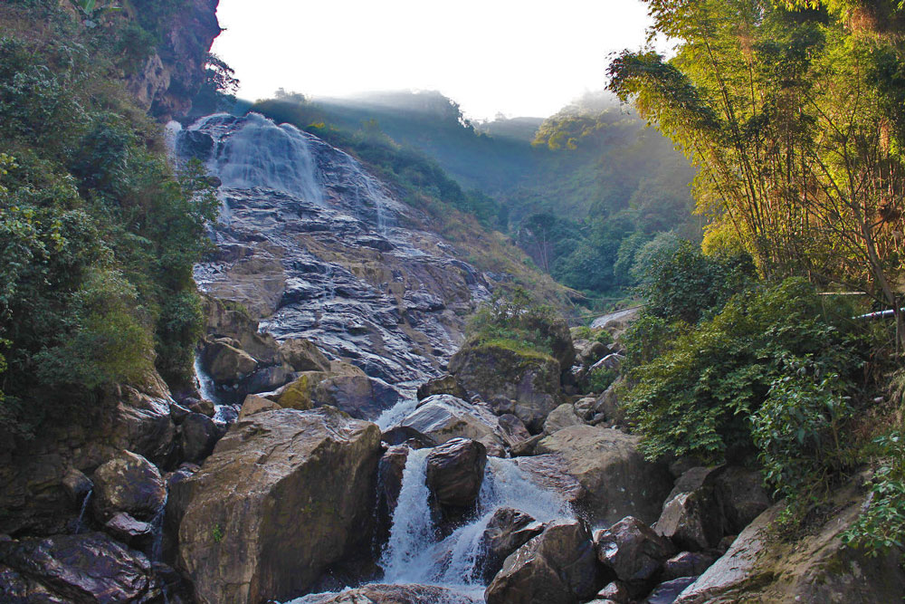 nanen waterfall Yuxi