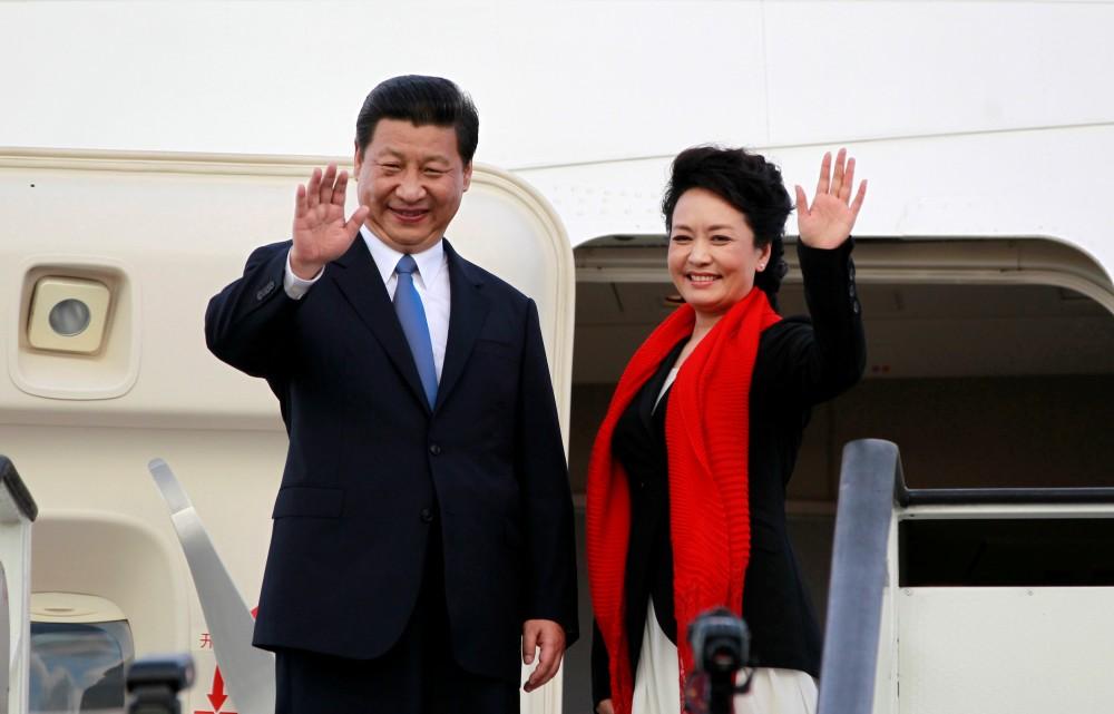 Chinese first lady Peng Liyuan and Xi Jinping