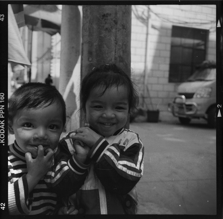 Chinese kids - Chinese alleys