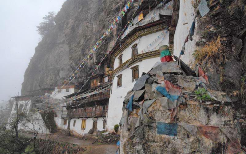 Dharma-Cave