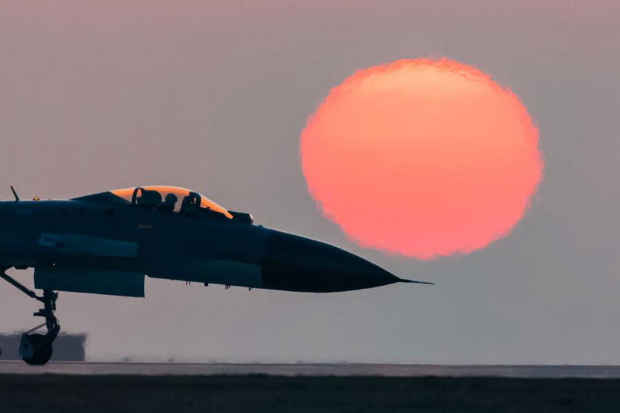 Chinese-J-11-fighter-jet-2