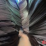 7 images of an Amazing slot canyon in China