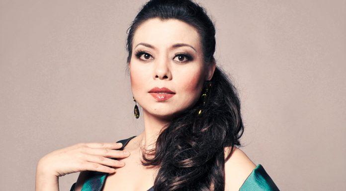 chinese-soprano-hui-he