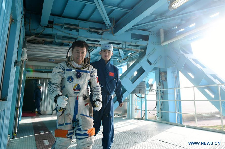 Chinese-astronauts-training