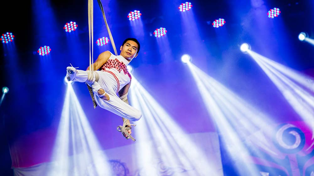 Shantou-Acrobatic-Team