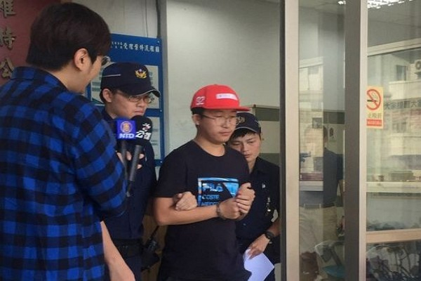 Chinese tourist to be deported, banned from Taiwan for destroying National Taiwan University Lennon Wall