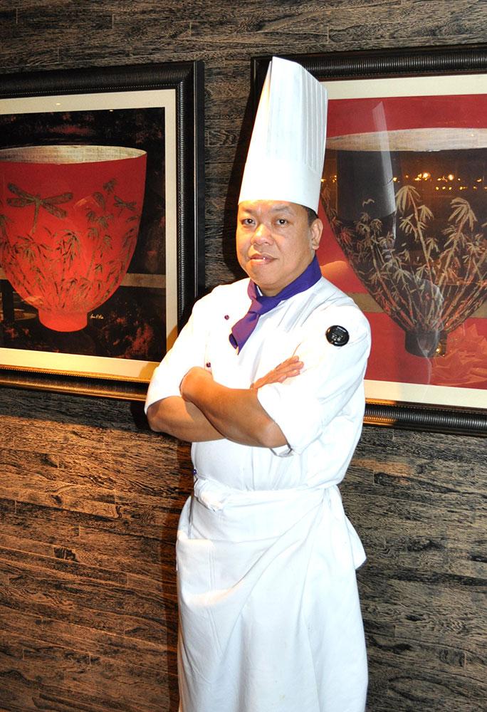 Photo--Le-Palais-Executive-Chef-Ken-Chan