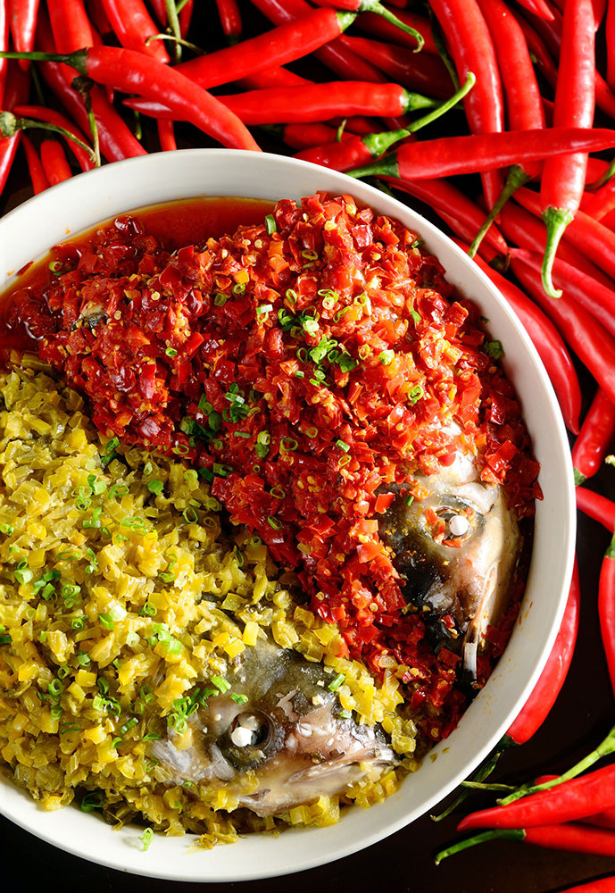 Steamed-Big-Fish-Head-in-Two-Kinds-of-Chili-Sauce