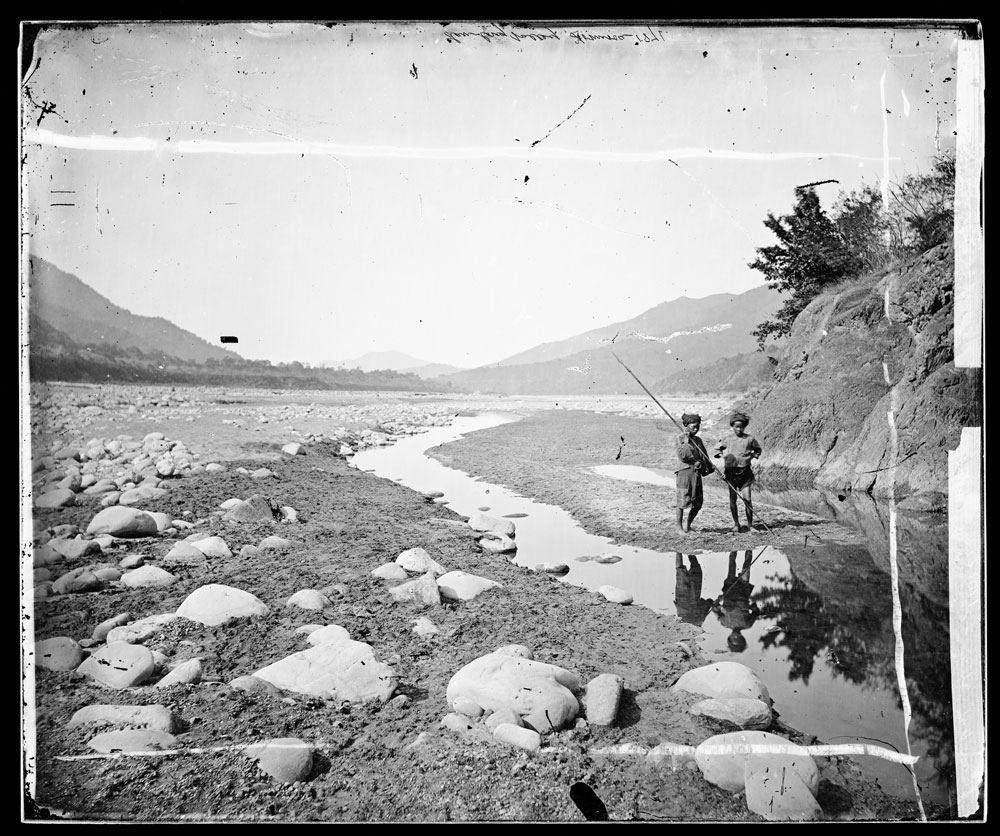 Lalung, Formosa [Taiwan]. Photograph by John Thomson, 1871.