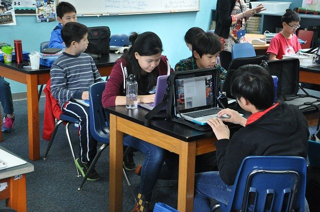 Why Have Essay Writing Services Become So Popular Among Chinese Students