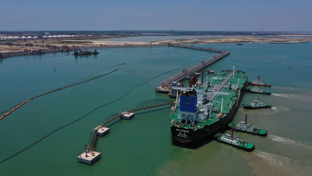 Sinopec-Puts-China's-Largest-Petrochemical-Port-into-Operation