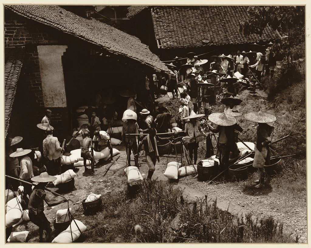 Distribution of rice during time of famine in the Kiangsu Province or Yunnan Province in China