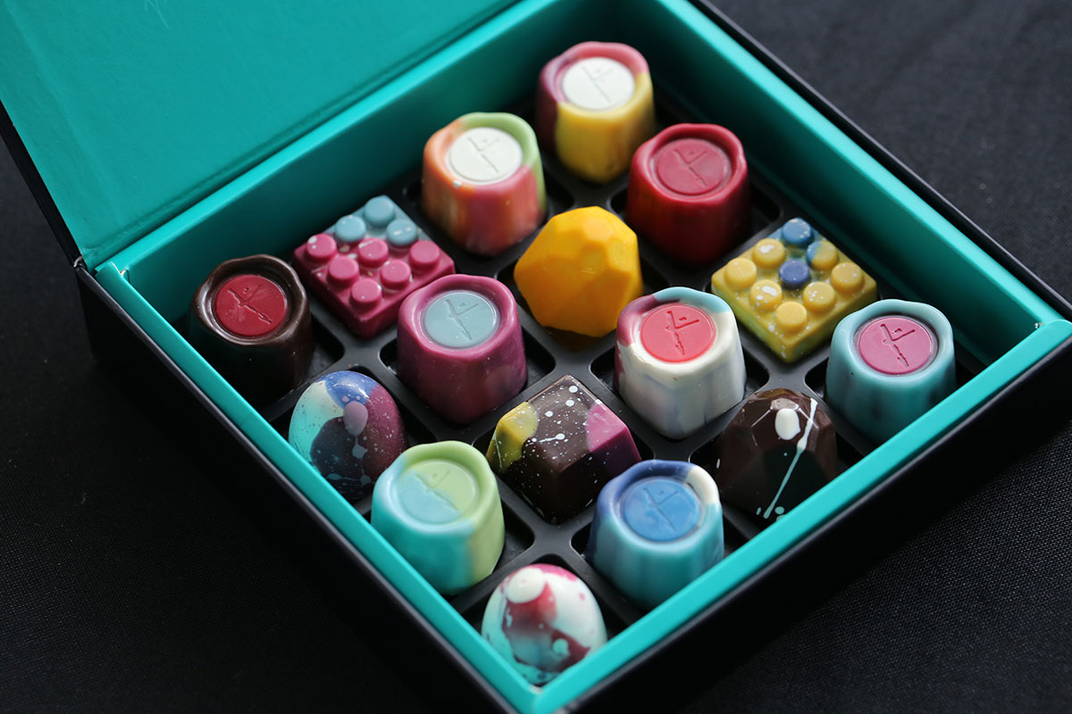 Jw-Chocolates-box-of-16
