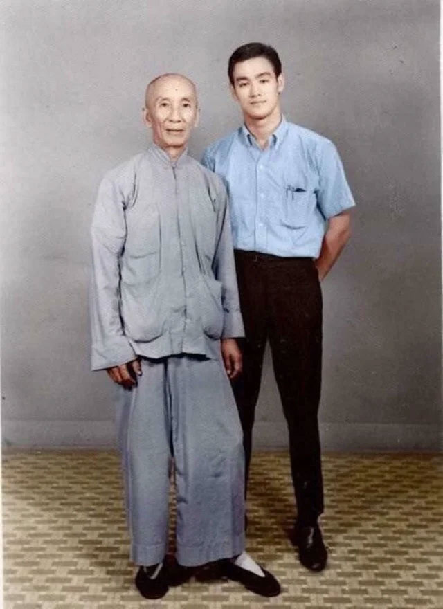 18 year old Bruce Lee with his master Ip Man, 1958
